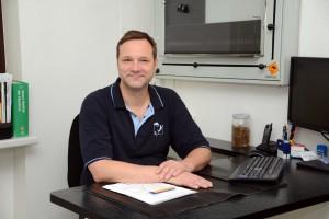 11 Dr. Ansgar Waldmann
